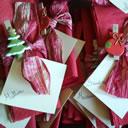 Realizziamo i nostri segnaposto natalizi fai da te con le mollette