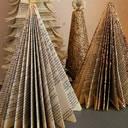 L'albero di Natale di carta